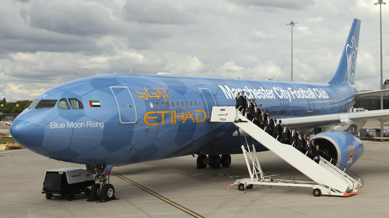 Maskapai Penerbangan : Etihad Airways.